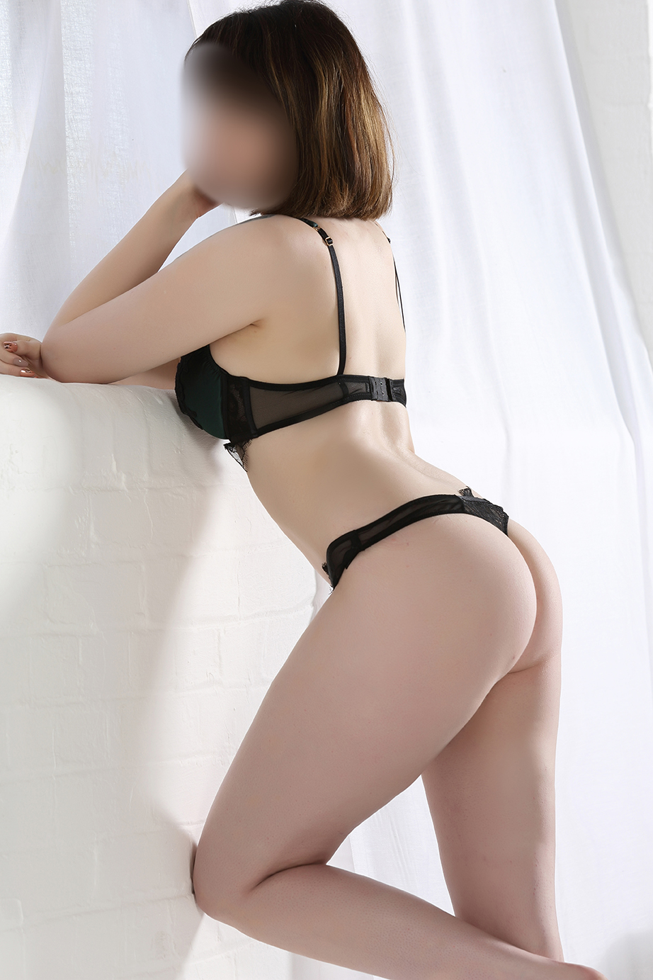 Brand New Chester Escort Louisa x