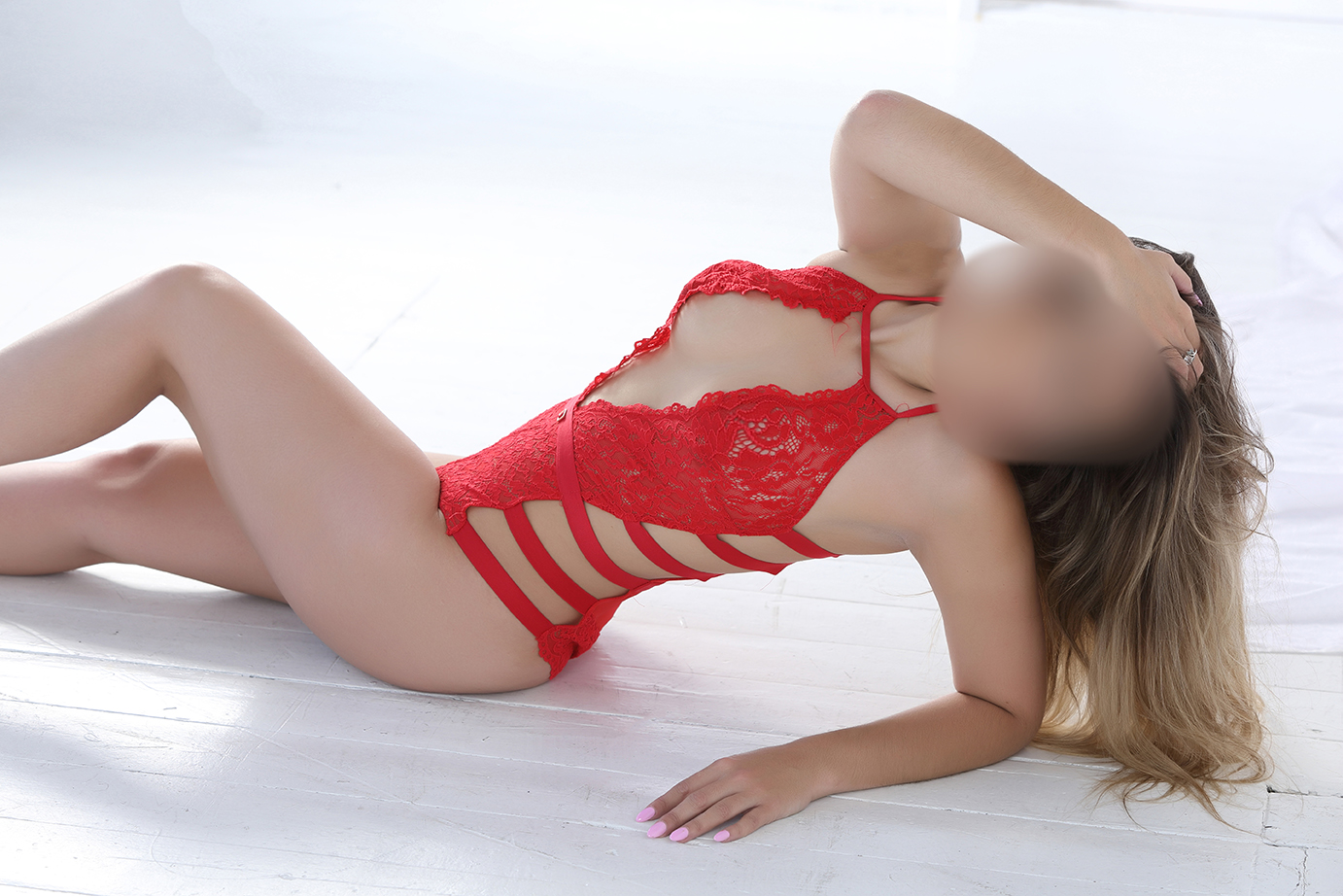 Brand New to Escorting - Petite and Gorgeous Blonde - Becca